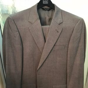 Jos A. Banks Mens Grey Signature Tailored Suit